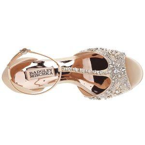 1fa665636f3 Badgley Mischka Shoes - Badgley Mischka Sarah wedge